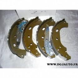 Jeux 4 machoires de frein arriere 230mm diametre montage TRW 93195331 pour opel astra G H combo 3