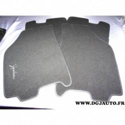 Jeux 4 tapis de sol noir 71804071* pour lancia ypsilon partir de 2003