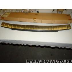 Plaque revetement seuil de hayon de coffre acier 95470864 pour chevrolet orlando partir de 2010 (trace de colle)