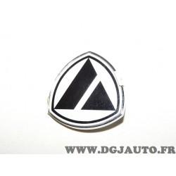 Logo embleme ecusson motif sigle calandre grille radiateur 7562070 pour lancia Y10 de 1988 à 1995 (petite imperfection rayure)