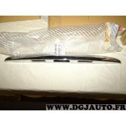 Poignée chrome porte lampe eclairage plaque immatriculation hayon de coffre 735399156 pour lancia musa de 2004 à 2007 ypsilon de