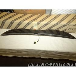 Poignée porte lampe eclairage plaque immatriculation hayon de coffre 735637899 pour lancia ypsilon partir de 2011