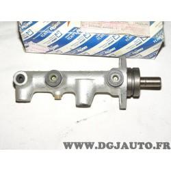 Maitre cylindre de frein montage bosch 9940972 pour fiat uno de 1989 à 1995