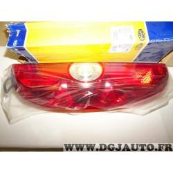 Feu lanterne arriere droit Magneti marelli LLH221 712203701110 pour fiat doblo 3 III partir de 2010 opel combo D partir de 2012